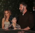 Ben Affleck e Jennifer Lopez cenano al ristorante di Los Angeles Craig's