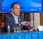 Il governatore di New York Cuomo Presser
