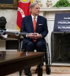 Trump incontra il governatore Greg Abbott del Texas
