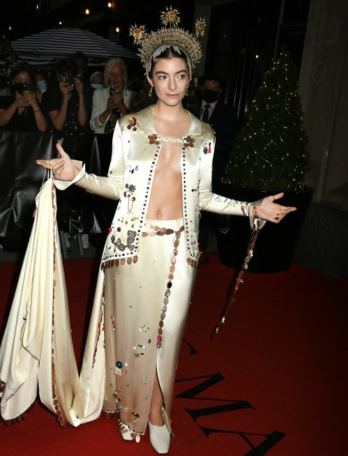 Celebrity departures to the Met Costume Gala from The Mark Hotel