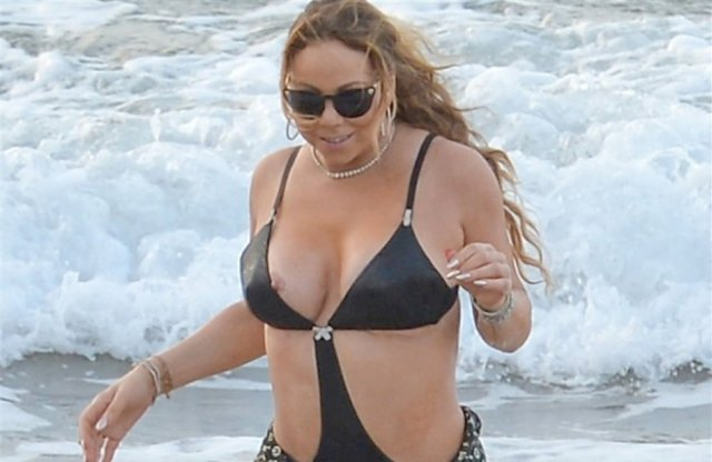 Mariah Carey Nip Slip In A Swimsuit At The Beach