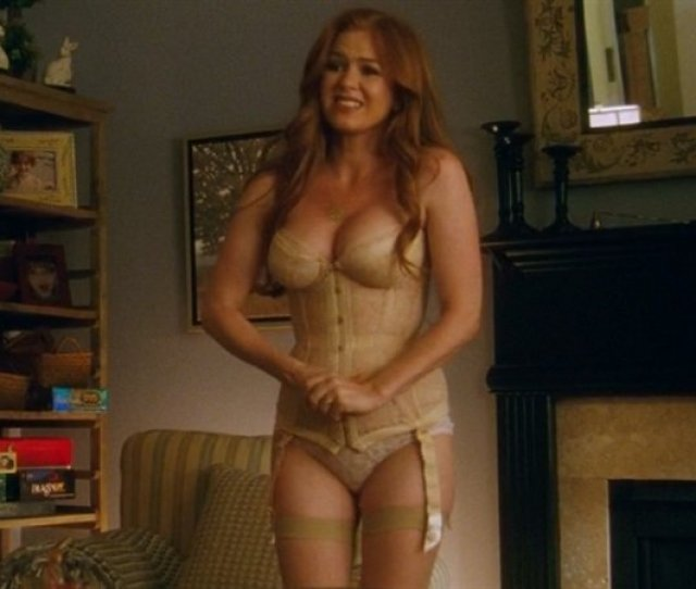 Isla Fisher Lingerie Scene From Keeping Up With The Joneses
