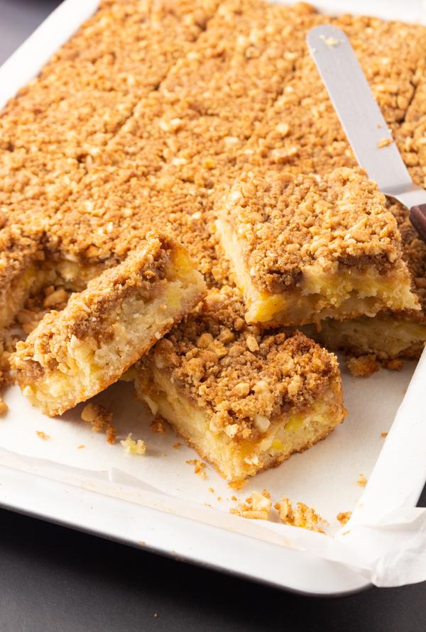 Pineapple cashew crumb bars