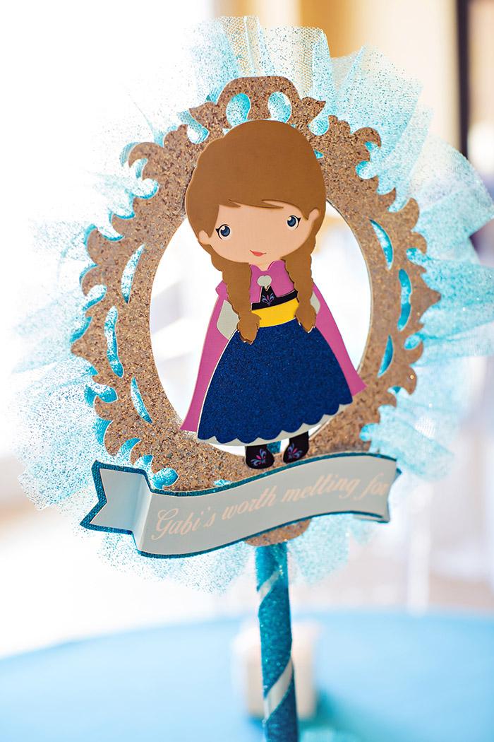Frozen Party Anna Centerpiece