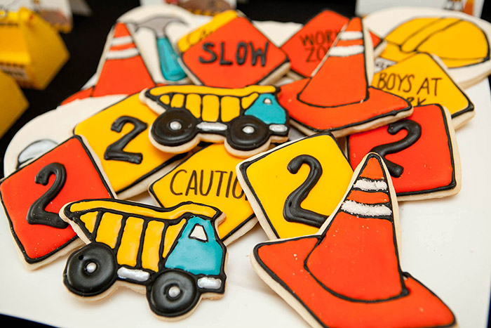 Construction Birthday Party  Ideas, Printables, Cookies| www.celebrationlane.com