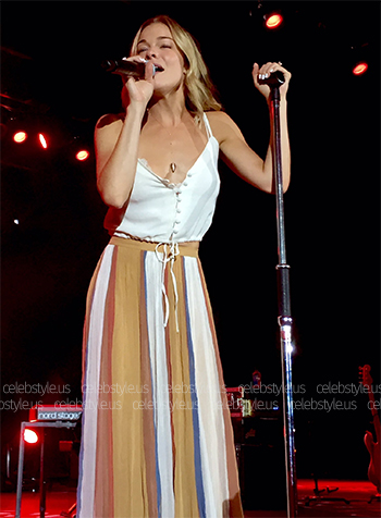 Free People 60. In Crowd Maxi Skirt as worn by LeAnn Rimes during 2016 concert.