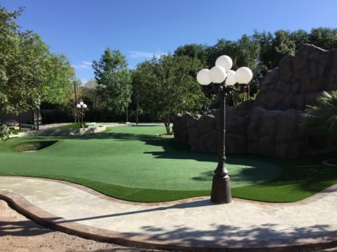 East Valley Phoenix artificial grass putting green