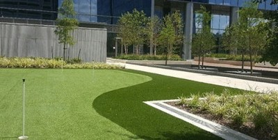 commercial synthetic turf putting green