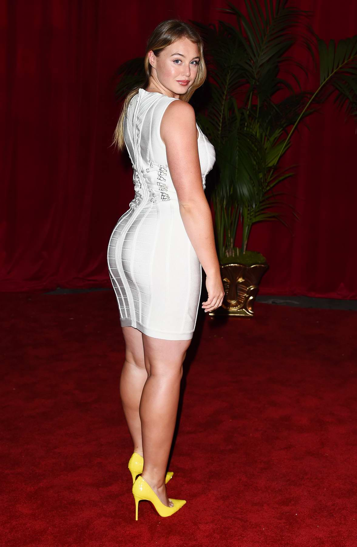 Iskra Lawrance At The The 2017 Maxim Hot 100 Party At Hollywood Palladium In Los Angeles 2406179