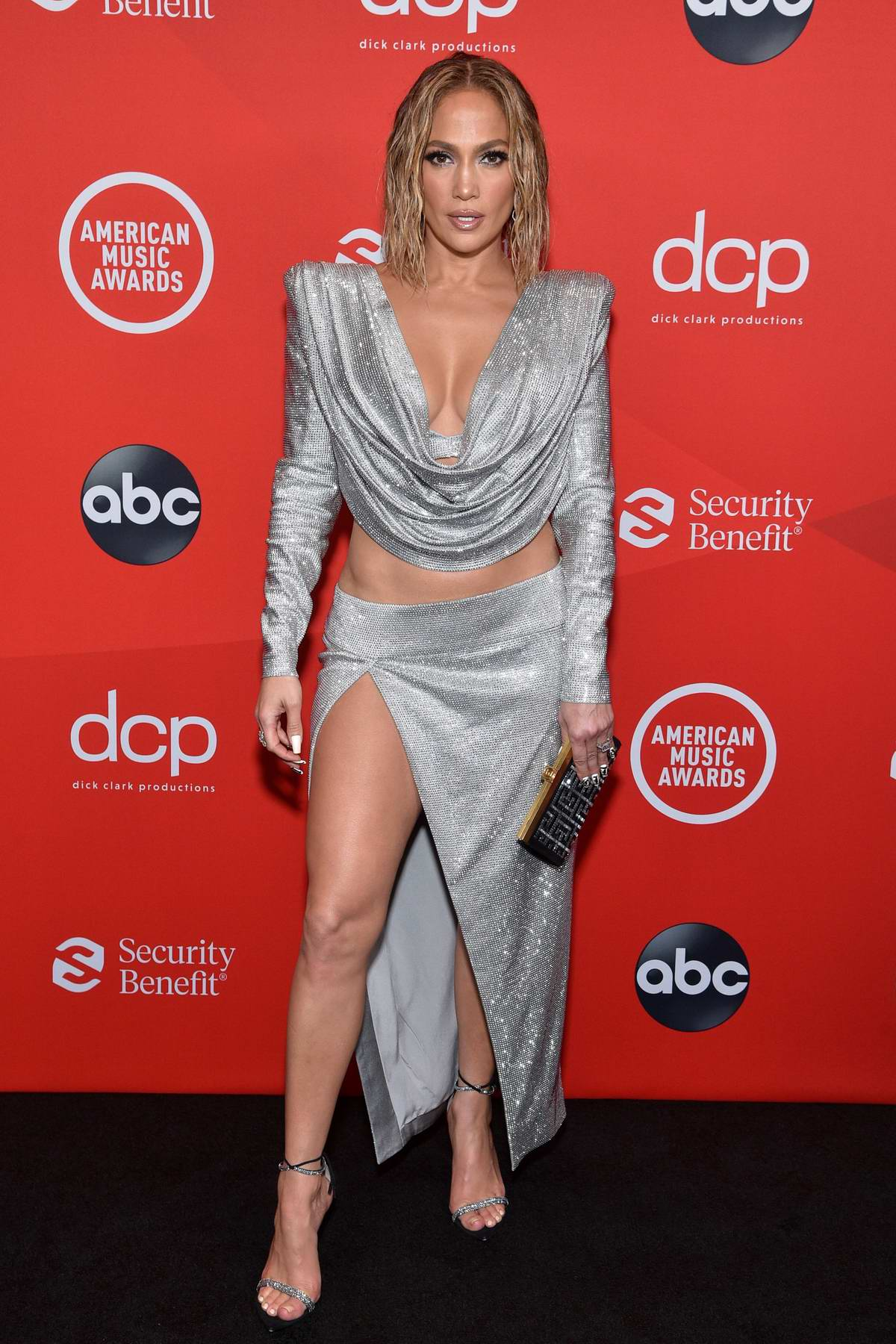 Jennifer Lopez Attends The American Music Awards At
