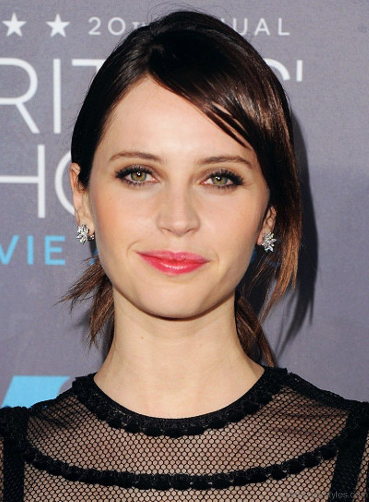 38 Awesome Felicity Jones Hairstyles