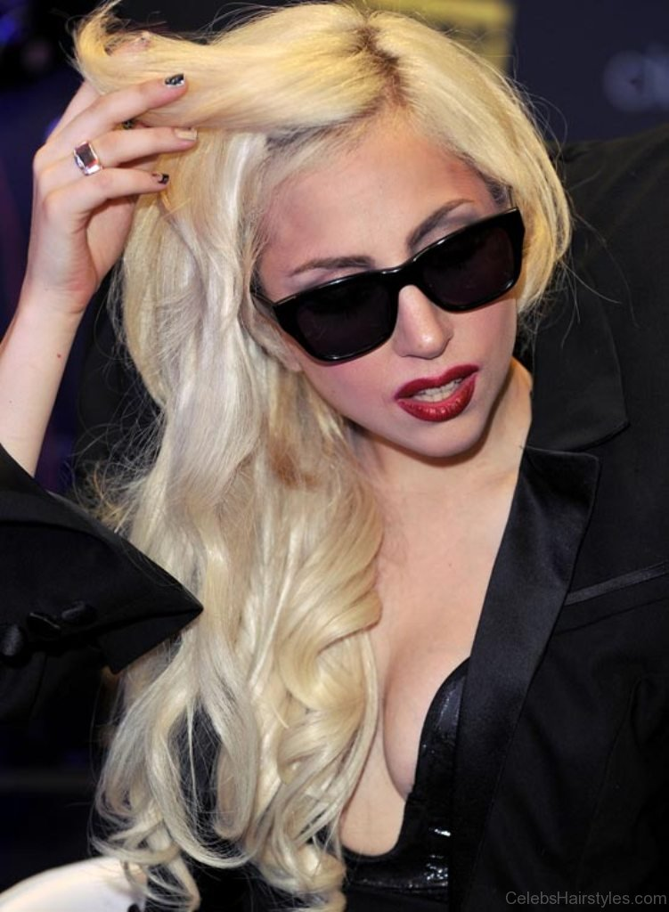 51 Adorable Hairstyles Of Lady Gaga