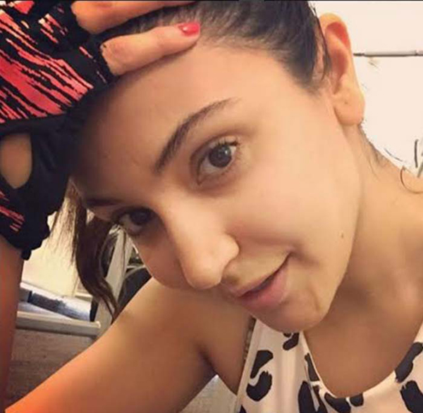 Anushka Sharma without makeup