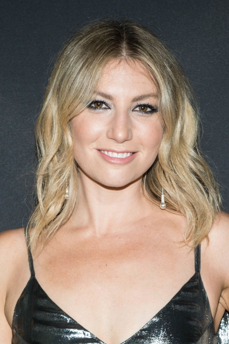 Image result for ARI GRAYNOR