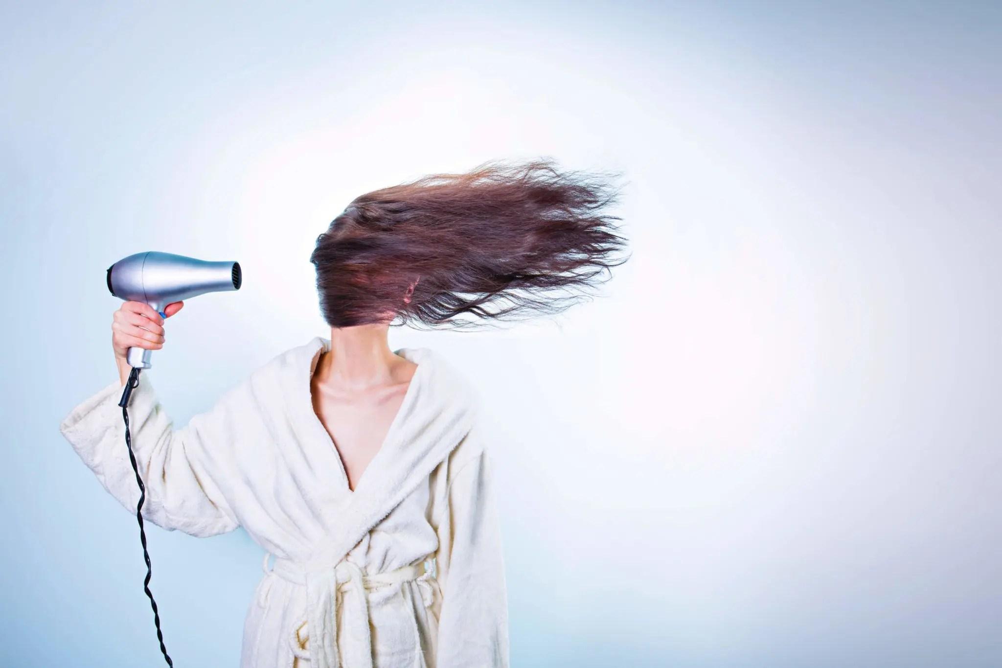 Prendre soin de ses cheveux naturellement