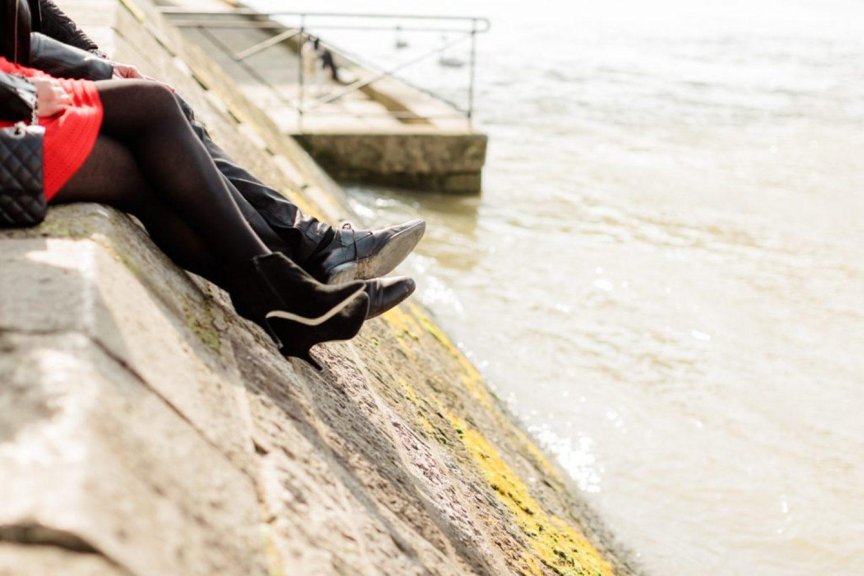 CélineChanPhotographie-Seance-Couple-Engagement-Paris-Ile-de-la-cité-14