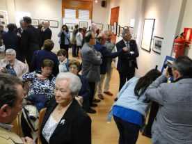 Público en la exposición 'Del Sindicat a la Cooperativa d'Alcampell' en los actos del centenario (foto Francesc Cussó)