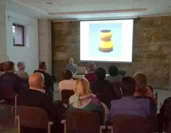 Un momento de la conferencia «Cerámica: de la tradición a la actualidad»