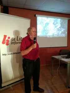 Josep Maria Mata Perelló durante la conferencia «El parque geológico y minero de la Litera y la Ribagorza» (foto Sebastián Agudo / La Litera información)