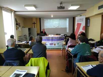 Un momento de la ponencia «La documentación sobre las salinas de Peralta de la Sal» (foto Imma Gracia / La Litera información)
