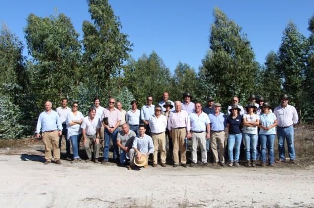 Fotografia de 'família' da sessão de informação que decorreu em Ponte de Sôr
