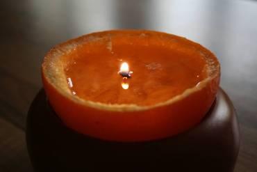 Orangenschalen-Teelicht