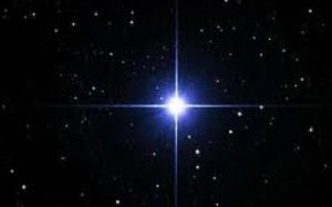 Işığını sevenler için gönderen yıldız