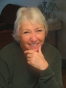 Author Elizabeth Engstrom