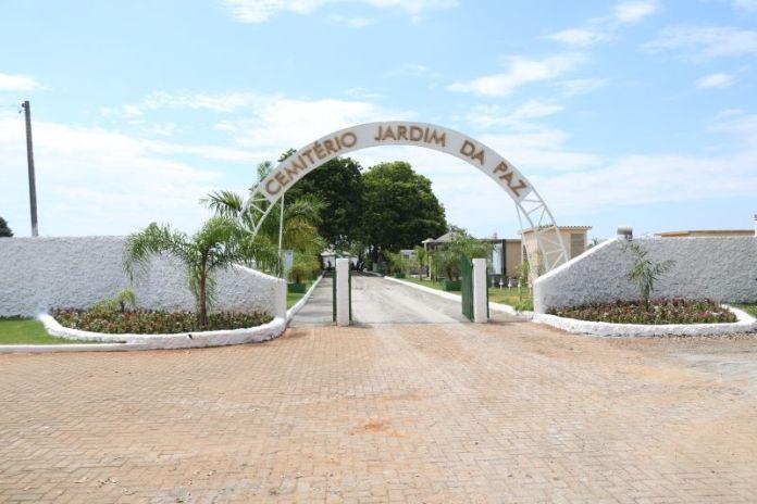 Cemitério Municipal Jardim da Paz, em Lucas do Rio Verde