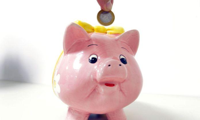 Vale a pena deixar dinheiro na poupança? Nos últimos meses, não; entenda