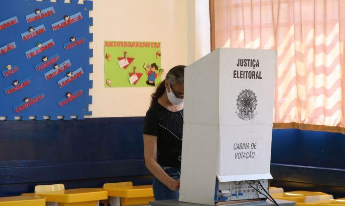 votar , eleicoes, urna