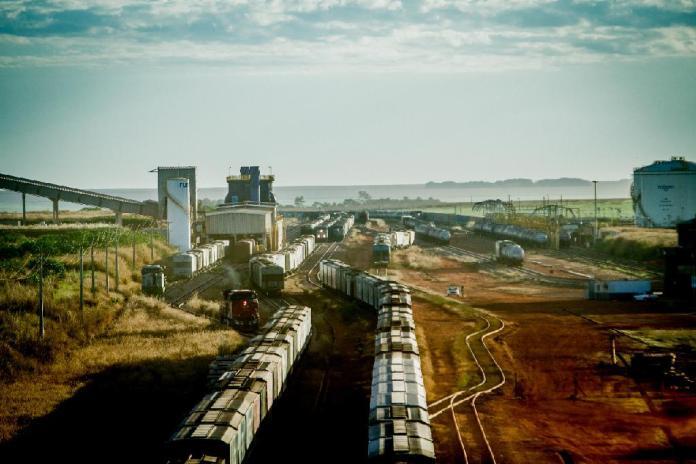 ferrovia em mato grosso