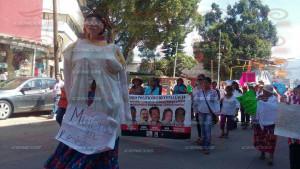 Marcha mujeres en resistencia 01 agosto 2015(5)