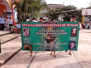 Desfile Pinotepa 16 septiembre 2015(7)