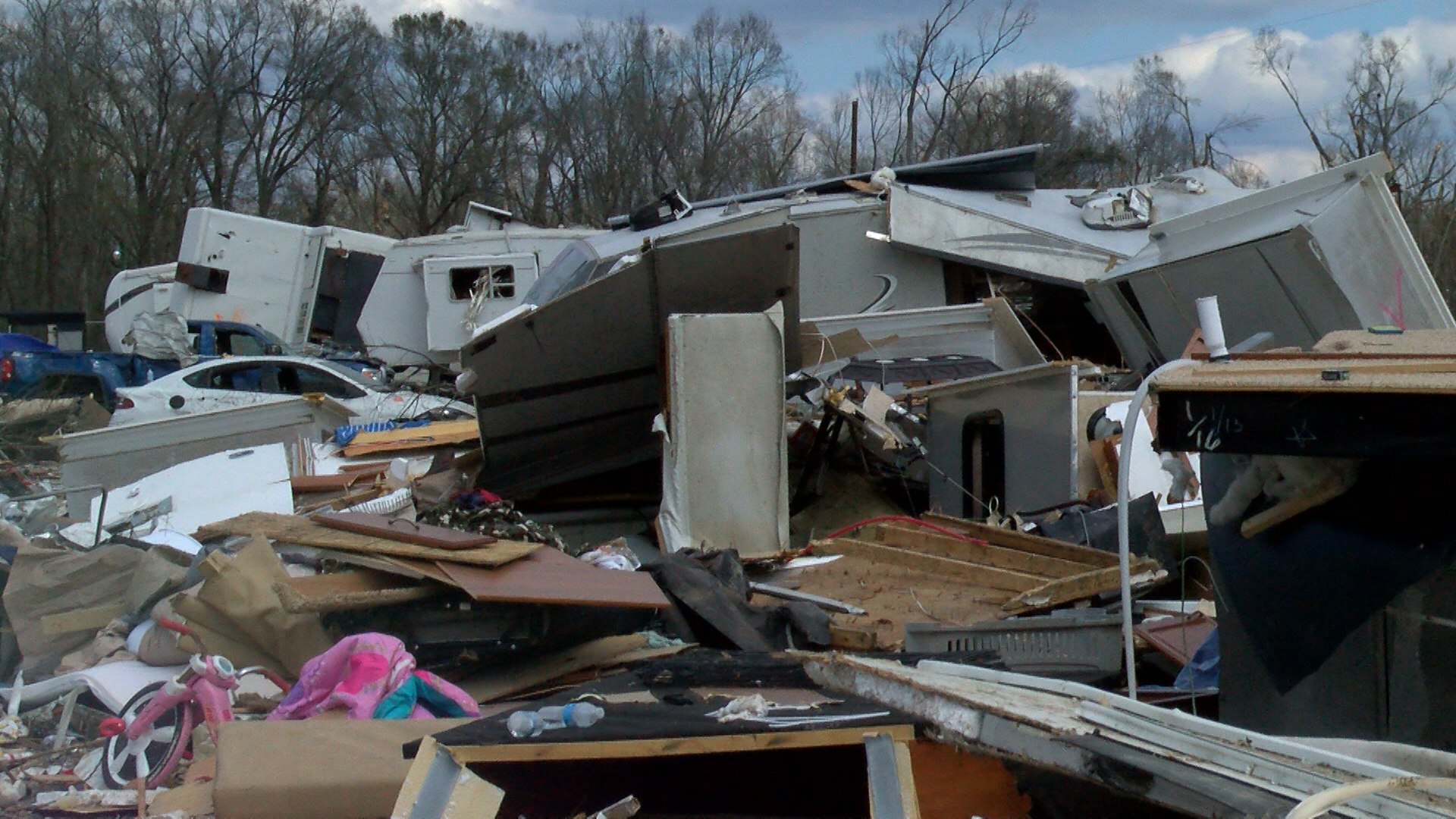 tornado-damage_1456863923366.jpg