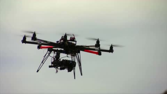 Commercial Drones Now Require A License for Operation_44463089-159532-22991016