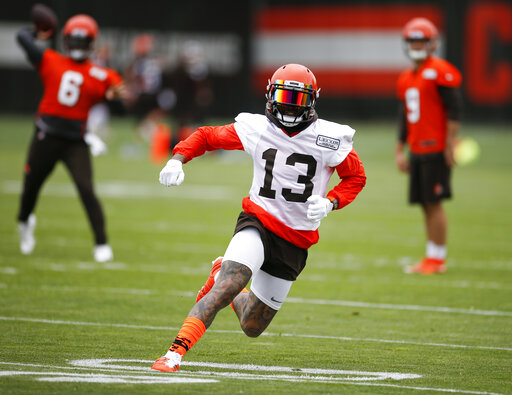 Beckham Back On Field With Browns Offense After Hip Issue