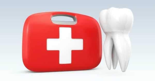¿Cómo hacer tu propio kit dental de primeros auxilios