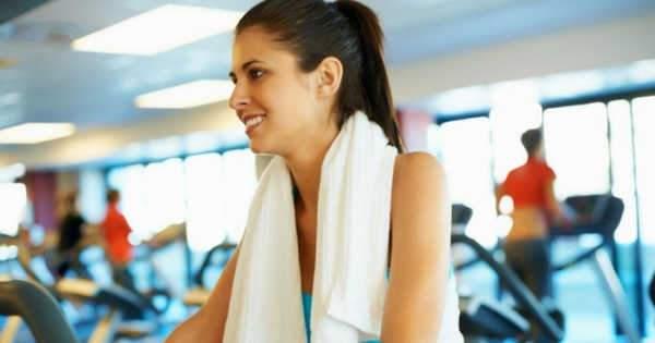 El ejercicio intenso trae consecuencias en la salud bucal