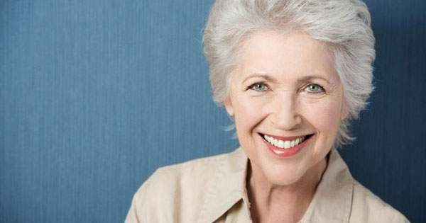 Entérate de que problemas dentales cuidar al envejecer