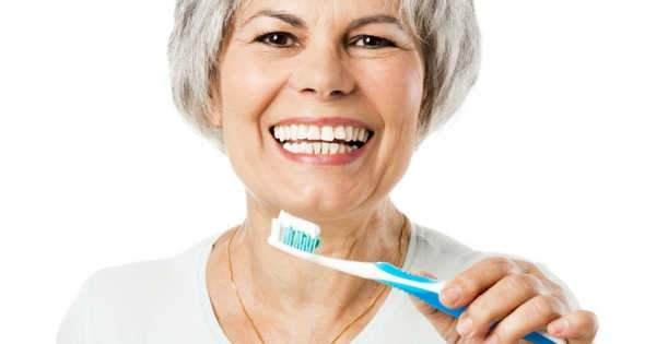 Importancia de la salud bucal durante la menopausia