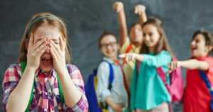 Los dientes desalineados son la causa # 1 de bullying escolar