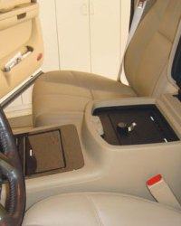 chevrolet_tahoe-with-usb_2007-2013_cv1011_full-floor-console