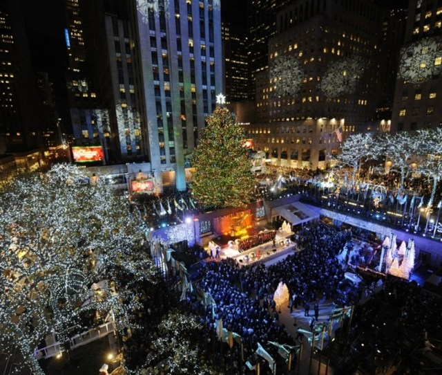 How Much Does The Rockefeller Center Christmas Tree Cost