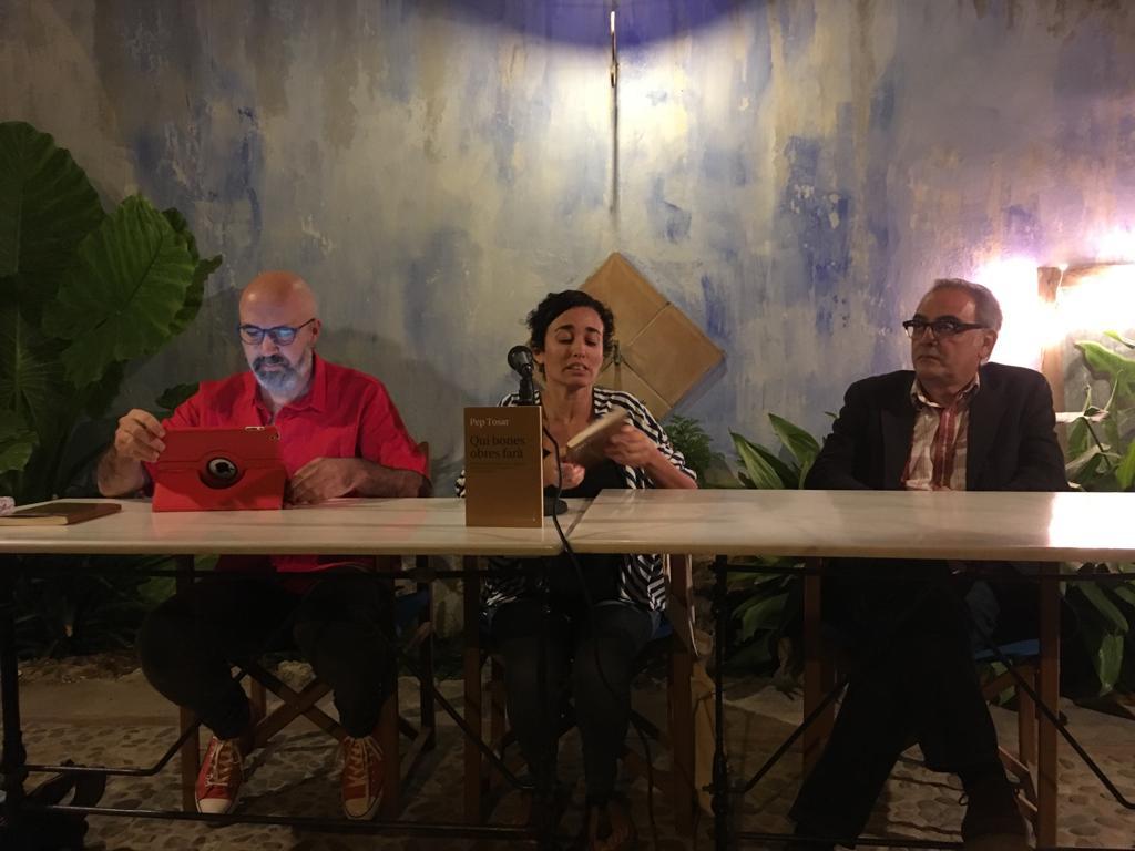 Vida I Teatre Centren El Primer Llibre Publicat De Pep Tosar, Una Reelaboració Molt Personal De Dues Obres De Txèkhov