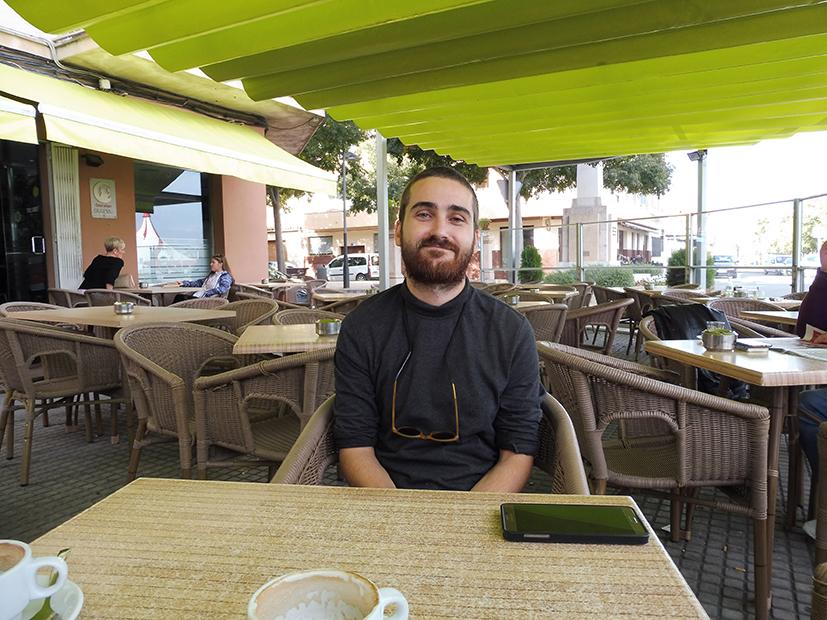 """Daniel Gómez: """"La Vida Es Configura Dins Una Multitud D'espais Que, A Vegades, Només Transitam Uns Segons"""""""