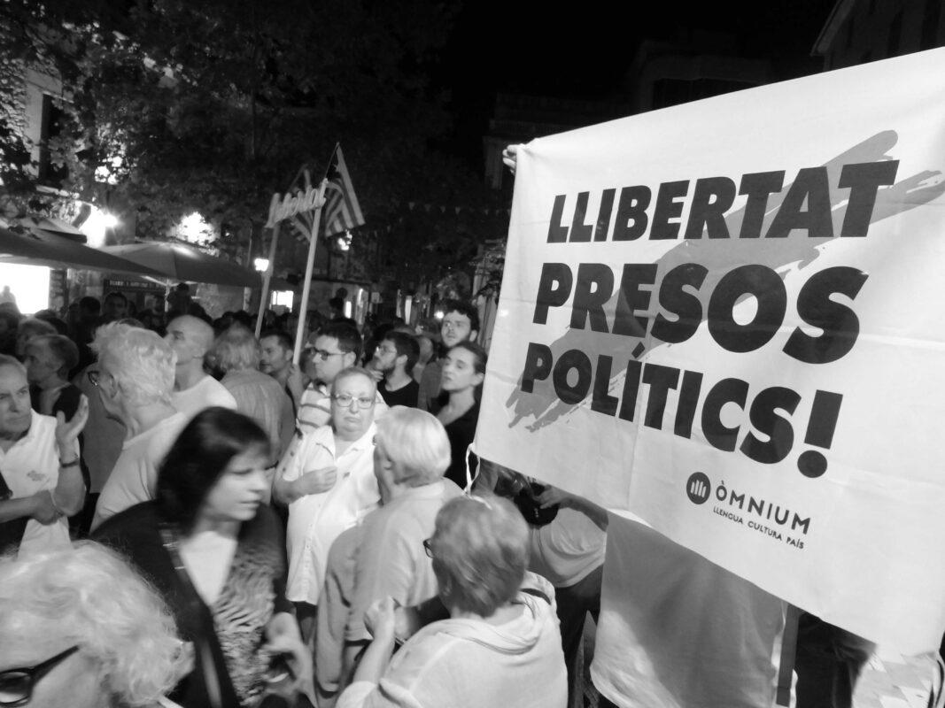 Sí, Espanya és Diferent (Per A Prendre Consciència)