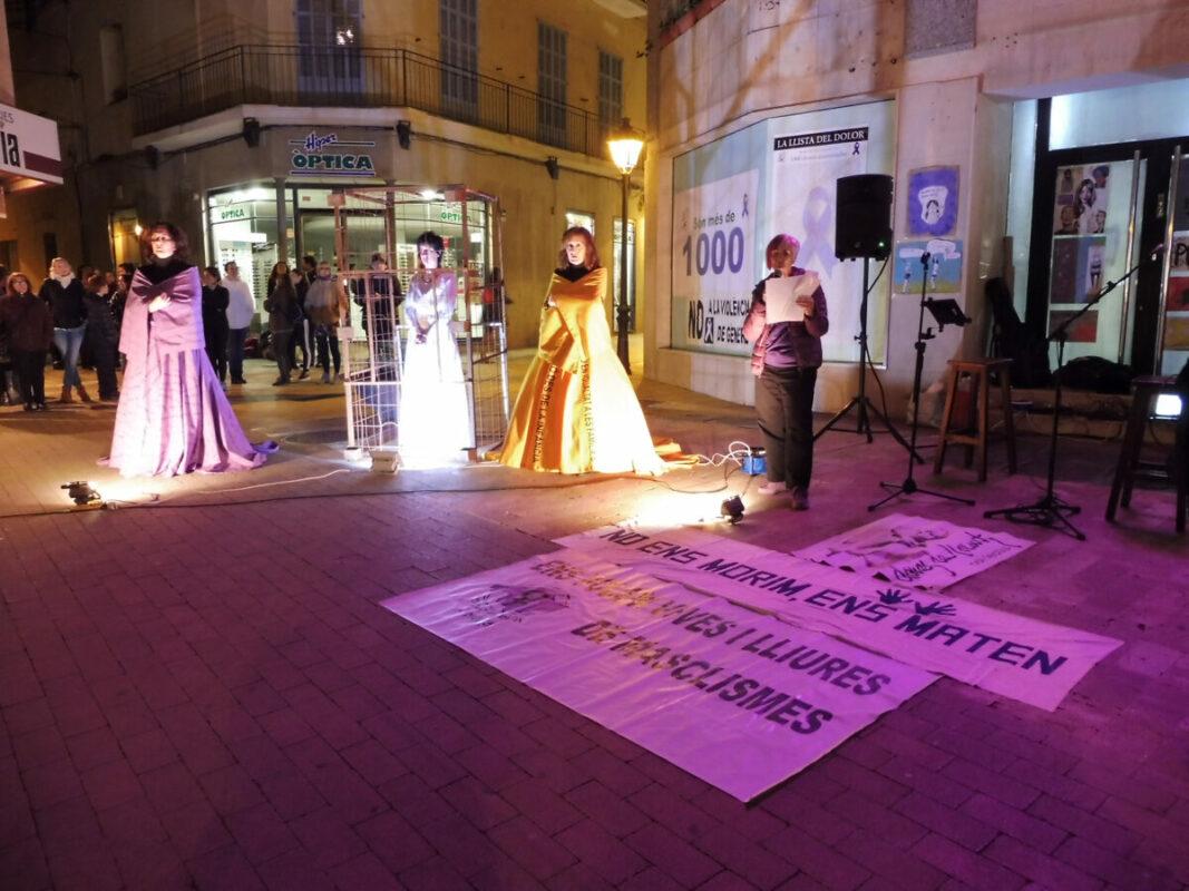 25N Al Carrer: Els Col·lectius Feministes Reivindiquen La Fi De Les Violències Masclistes