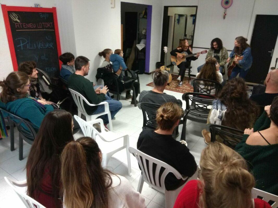L'Ateneu Reobre I Inicia Un Projecte De Cistella Ecològica