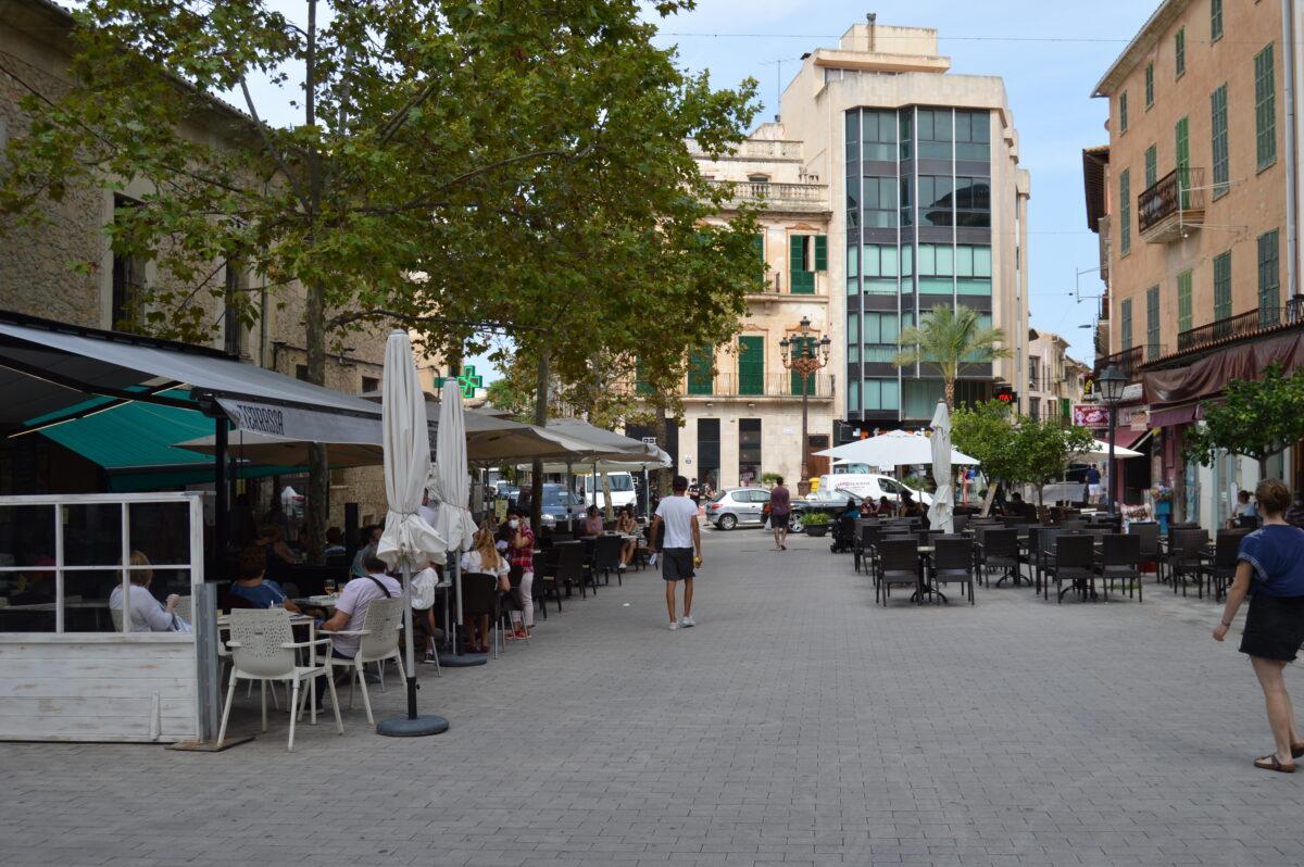 Incertesa Pel Futur Dels Bars I Restaurants De Manacor